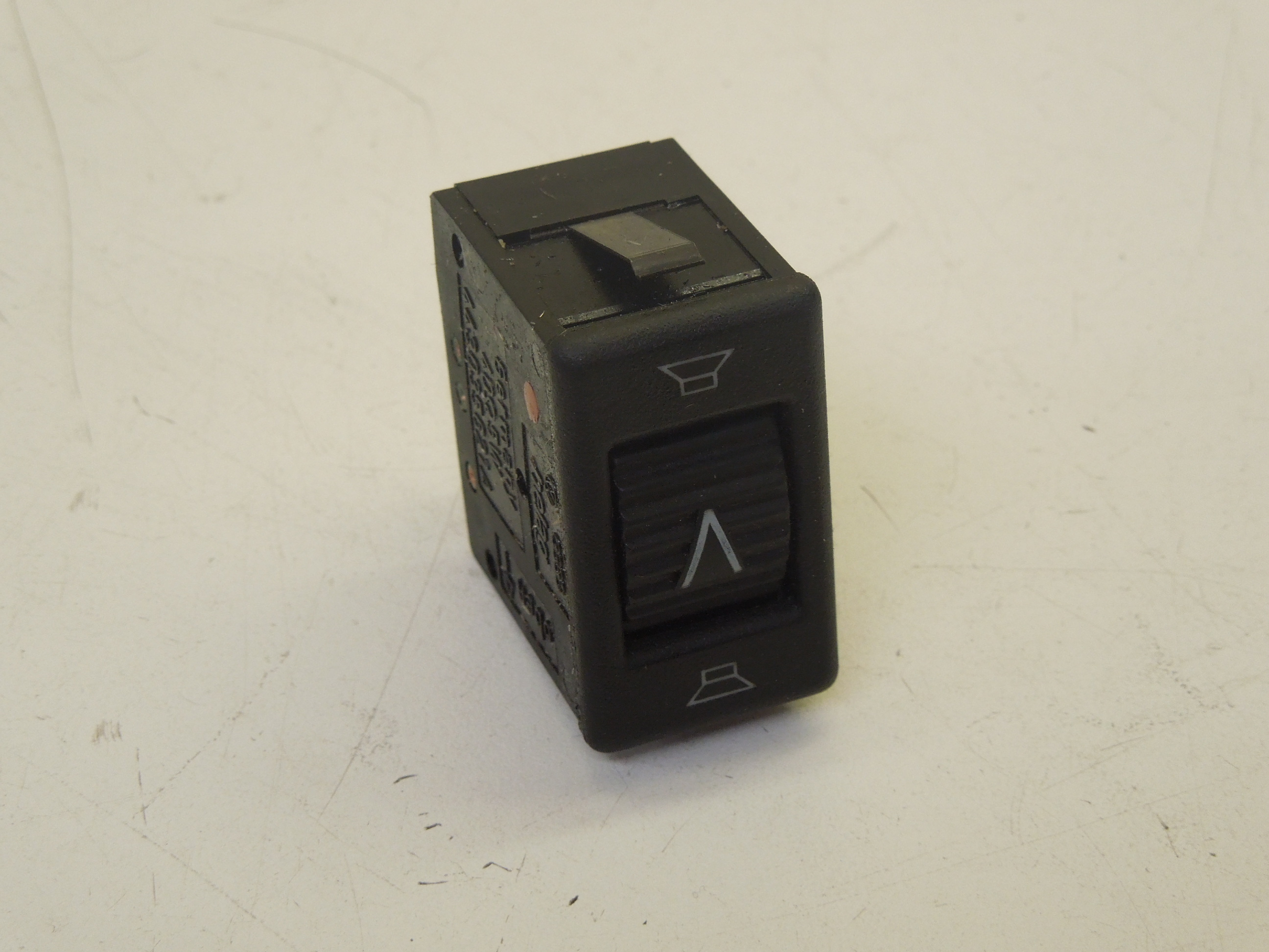 Audi-100-C3-Balance-Fader-Speaker-Switch-Roller-Button-443035621A