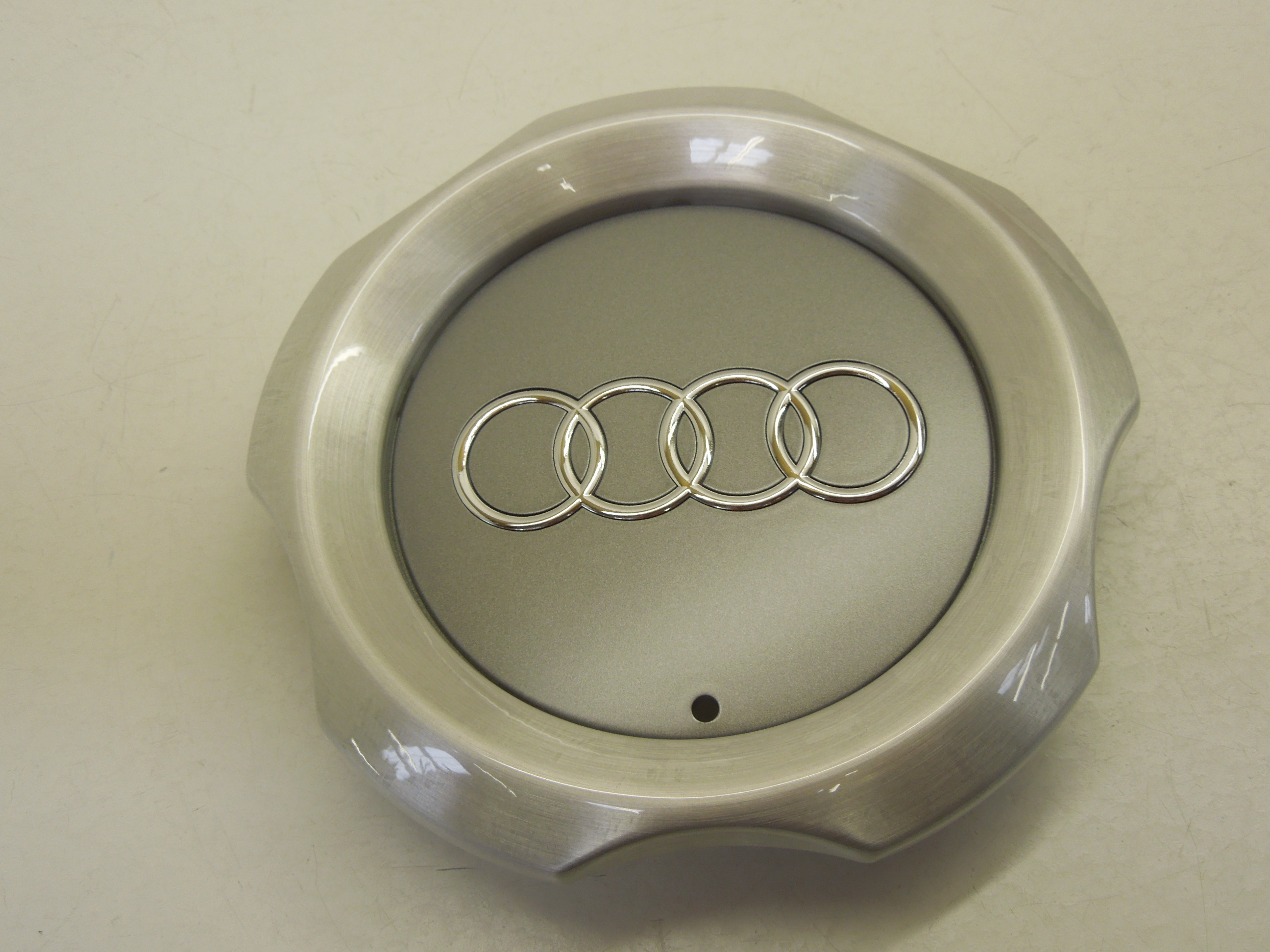 NEW AUDI A6 C5 ALLROAD QUATTRO 00-05 OEM WHEEL CENTRE HUB CAP 1PCS COVER 17/""