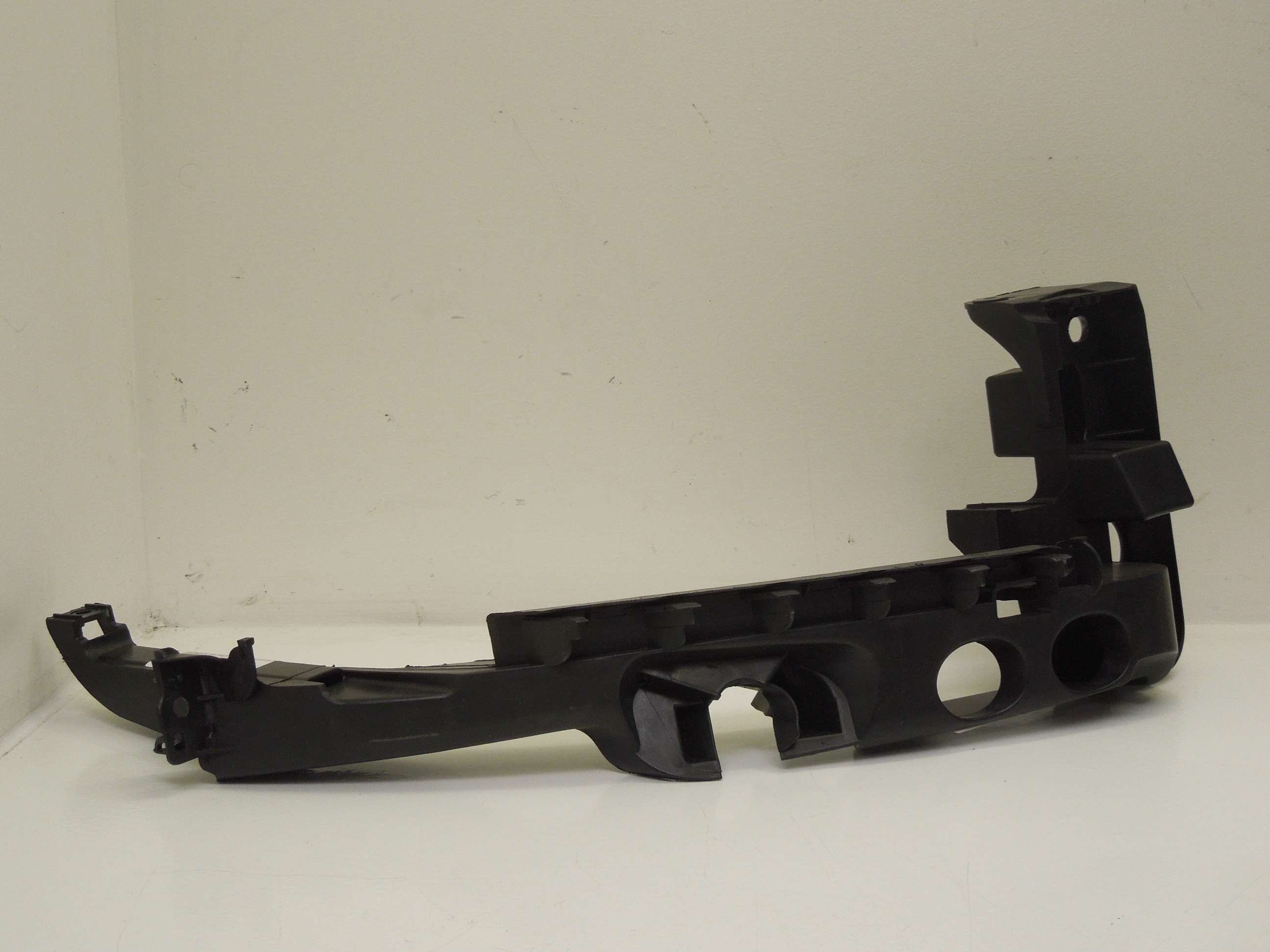 Audi A3 8P FL OS Right Headlight Support Mount Bracket New Genuine