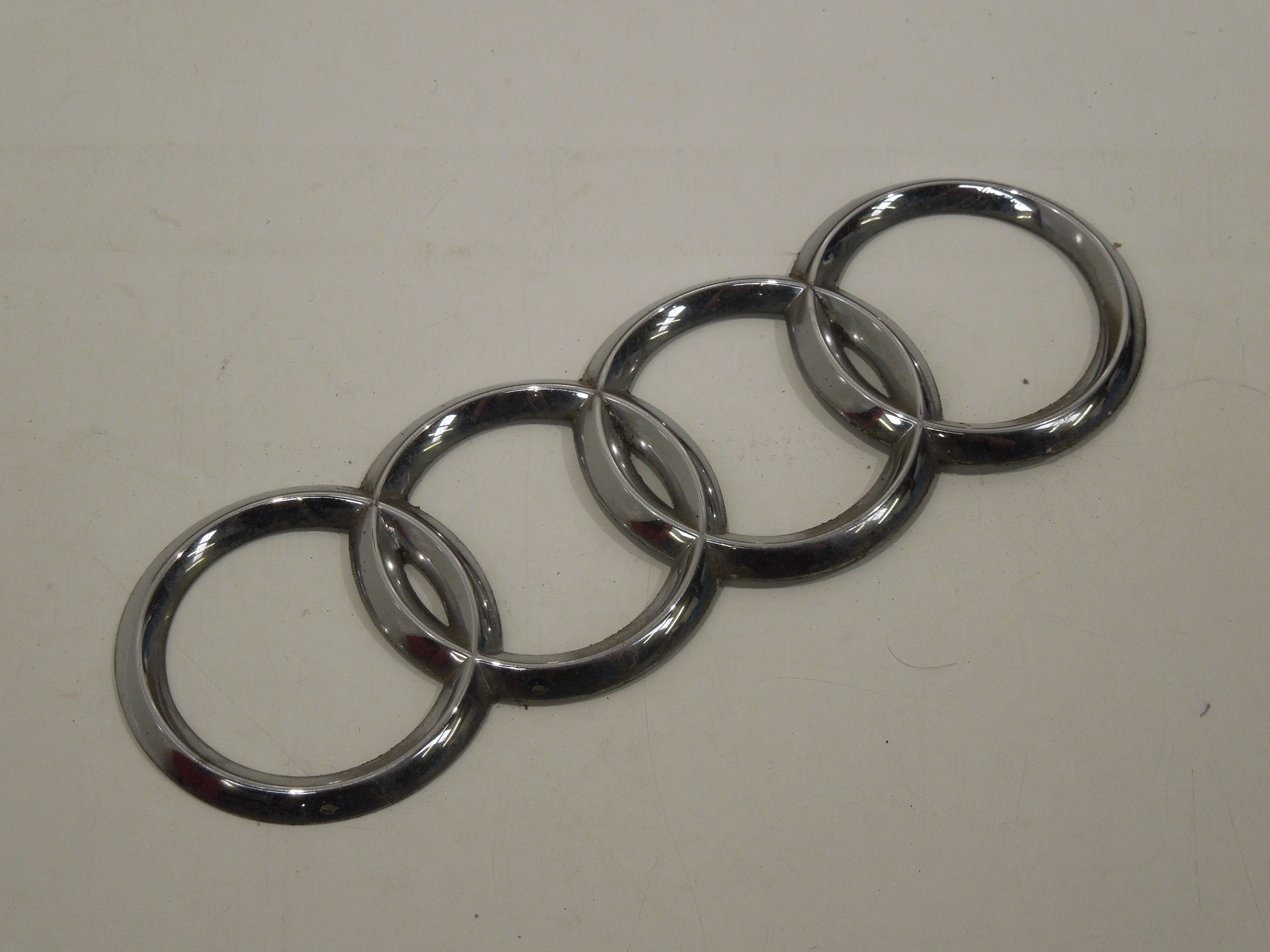 Audi-A8-D3-Four-Ring-Logo-Boot-Badge