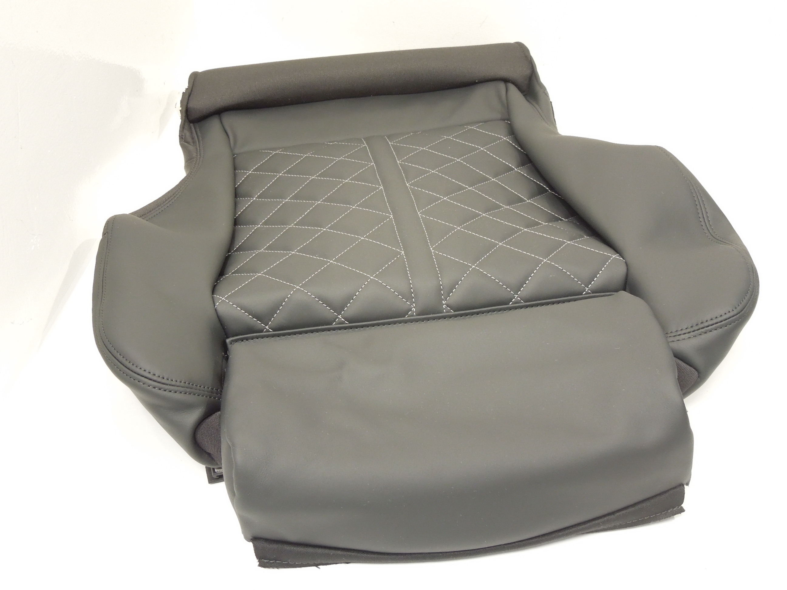 Audi-TT-TTS-8S-Leather-Seat-Cover-With-Heater-Element-New-8S0881405CEWL