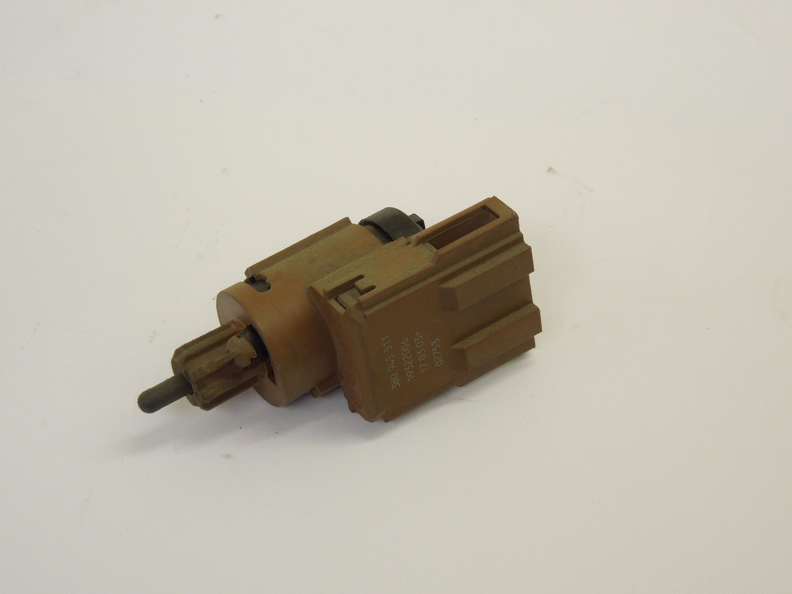 Audi A8 D3 A4 B6 Brake Pedal Light Switch 3B0945511